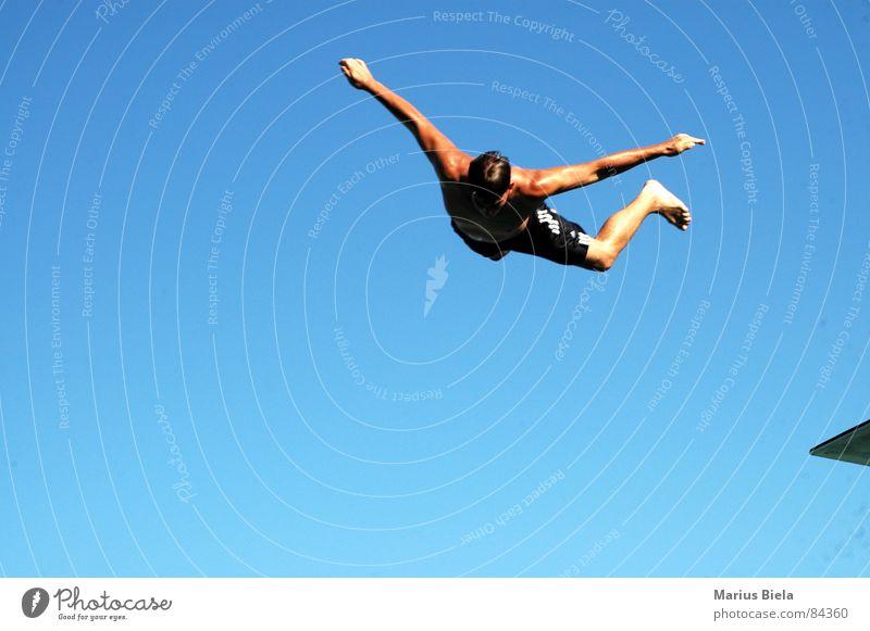 Nur fliegen ist schöner tauchen Sommer Schwimmbad Sprungbrett Ferien & Urlaub & Reisen Freizeit & Hobby Sport Spielen Himmelskörper & Weltall halli eintunken