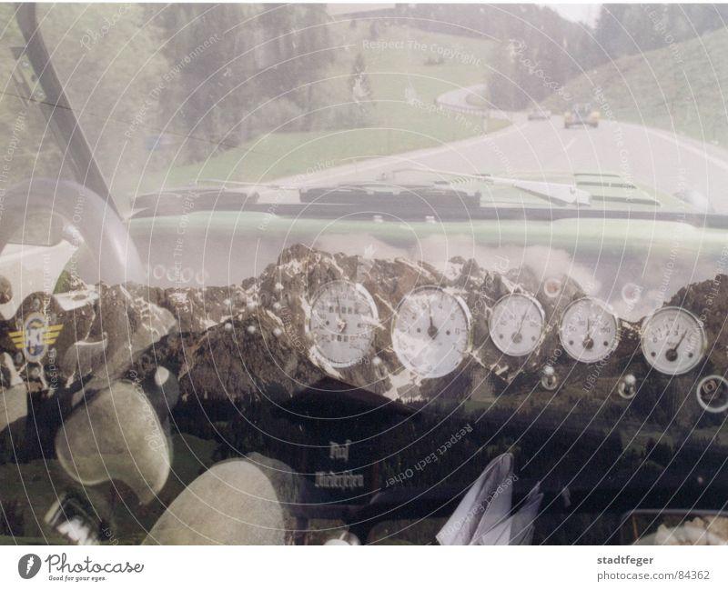 Ab in die Berge Freude Straße Berge u. Gebirge Wege & Pfade PKW Grafik u. Illustration Asphalt fantastisch Spiegel Straßenbelag Maschine Bus Rennbahn Sportveranstaltung Seerosen Motor
