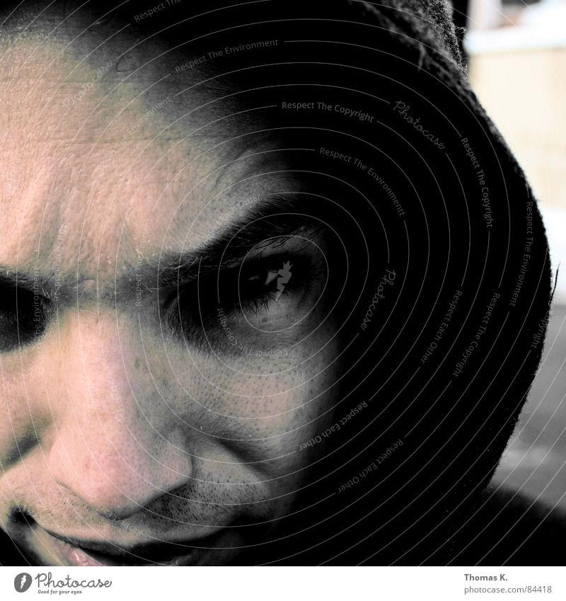 Neighbour_Hood Mann Gesicht Auge dunkel Kopf Mund Nase Bart Kapuze Nachbar