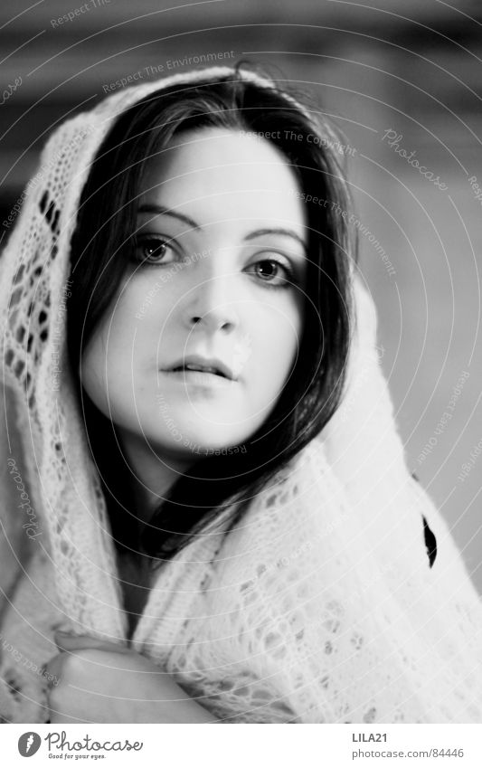Jungfrau Frau Hand Haare & Frisuren Armut Hoffnung Trauer Frieden Decke Selbstportrait Glaube Tuch Christentum gehorsam seriös Beerdigung Heimweh