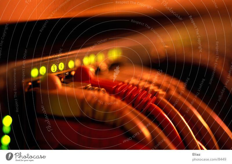 Hub Technik & Technologie Verbindung Computernetzwerk Informationstechnologie Elektrisches Gerät
