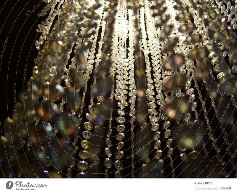 funky glitter Stein Musik Lampe hell Beleuchtung elegant glänzend Club Konzert Reichtum hängen Kette edel Kristallstrukturen zierlich erhaben