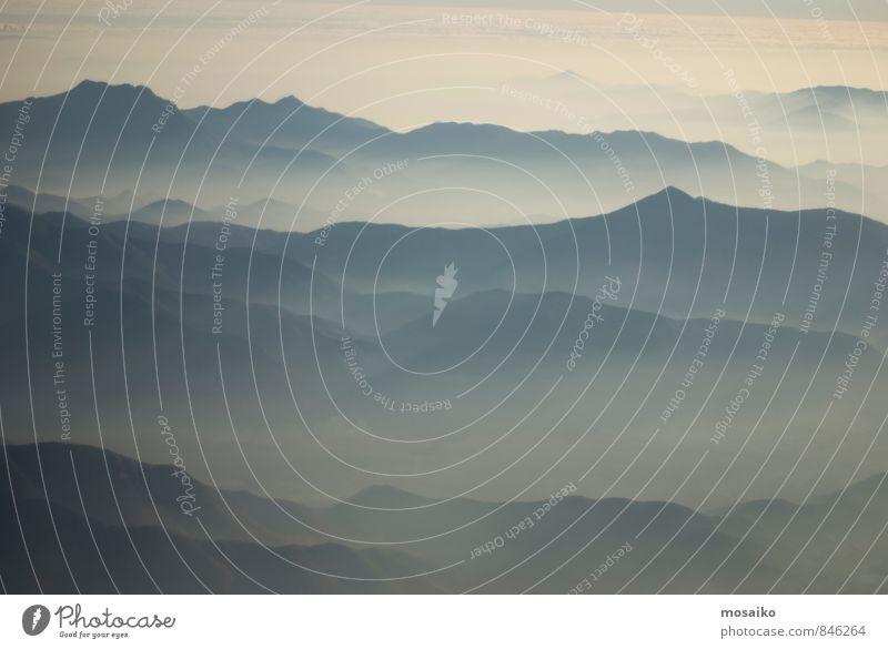 Anden Gebirge Natur Landschaft Himmel Horizont Berge u. Gebirge Gipfel Wellen Wasser Erholung fliegen Ferien & Urlaub & Reisen wandern natürlich blau grün