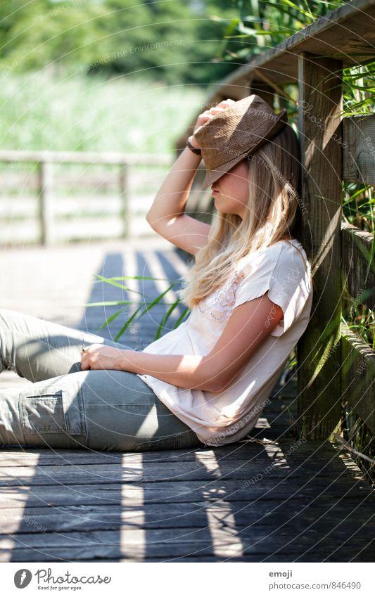 break Freizeit & Hobby Ferien & Urlaub & Reisen Tourismus Ausflug Sommer feminin Junge Frau Jugendliche 1 Mensch 18-30 Jahre Erwachsene Hut schön natürlich