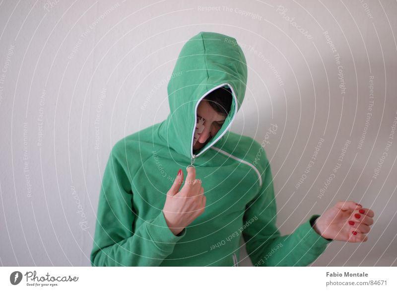 schliessen/öffnen (7/7) Fingernagel Fotoserie schließen aufmachen Reißverschluss grüne jacke Abfluss
