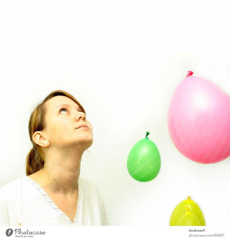 Wunderwelt III Frau weiß Freude Farbe Auge Spielen hell Ausflug verrückt Luftballon Neugier rein Frieden Lebensfreude blasen Rauschmittel