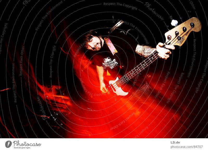 FOREVER FALLING II Konzert Show Musik live Screamo Hardcore Großbritannien Aktion Licht Fischauge Zombie Stil Gefühle Piercing concert Schnur Kontrabass Brand