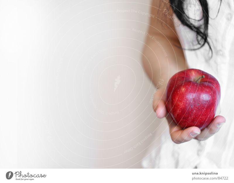 schneewittchen Frau Jugendliche weiß rot Mädchen Erwachsene Junge Frau Schnee Haare & Frisuren Frucht Apfel Sehnsucht Neigung Paradies Kind Märchen