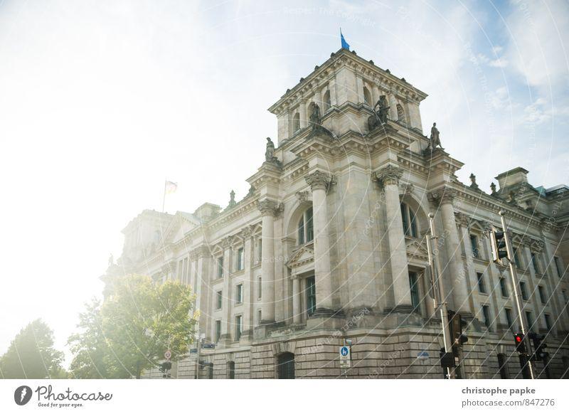 Ballast der Republik Ferien & Urlaub & Reisen Stadt Sommer Sonne Architektur Gebäude Berlin Deutschland Fassade Tourismus historisch Bauwerk Wahrzeichen