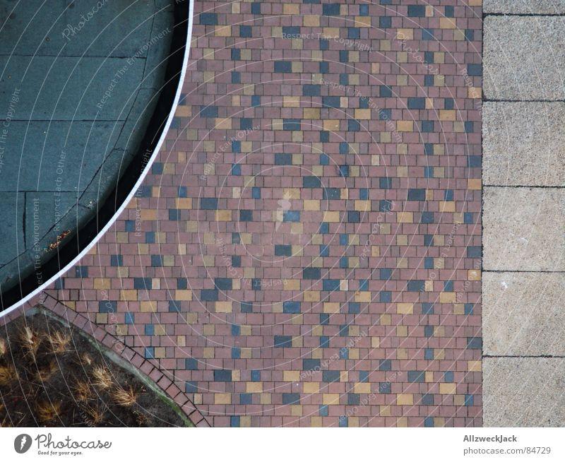 What is it? Vogelperspektive Muster Buchstaben Platz Verkehrswege Stein Kreis Wege & Pfade Anschnitt