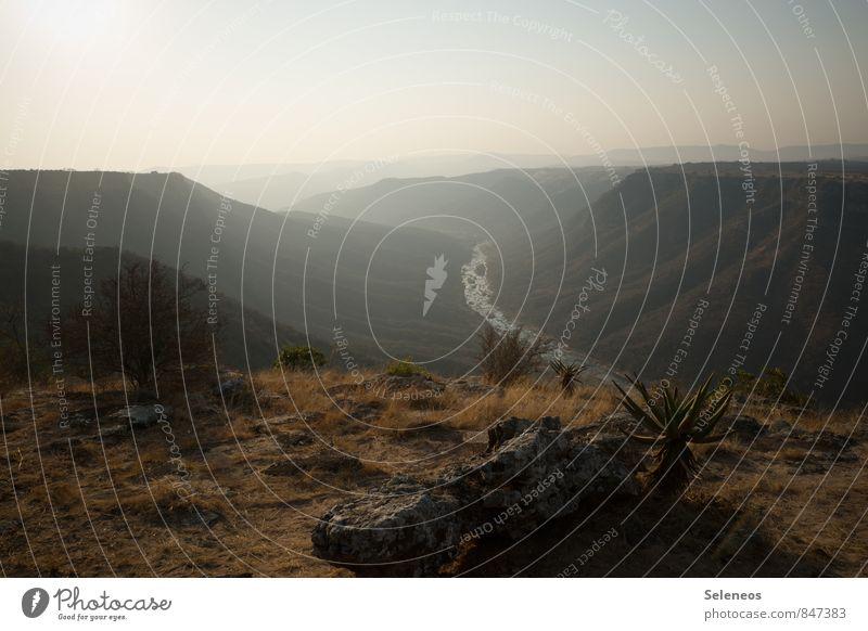 . Natur Ferien & Urlaub & Reisen Sommer Erholung Landschaft Ferne Umwelt Berge u. Gebirge natürlich Freiheit Felsen Tourismus Ausflug Abenteuer Gipfel Hügel