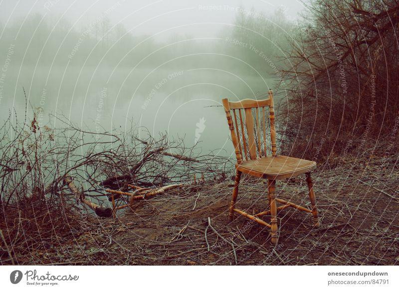 abandoned part II See deplatziert dunkel Nebel gruselig leer Baum kalt grau Dezember abgelegen Winter fremd außergewöhnlich herzlos Schleier geisterhaft Eis