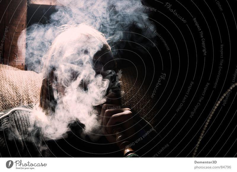 Smokey Joe Erholung Gefühle Stil Rauchen Gastronomie Club Rauch Geruch Freak Sessel Schwung Bar Schleier aromatisch Fixer Kneipe