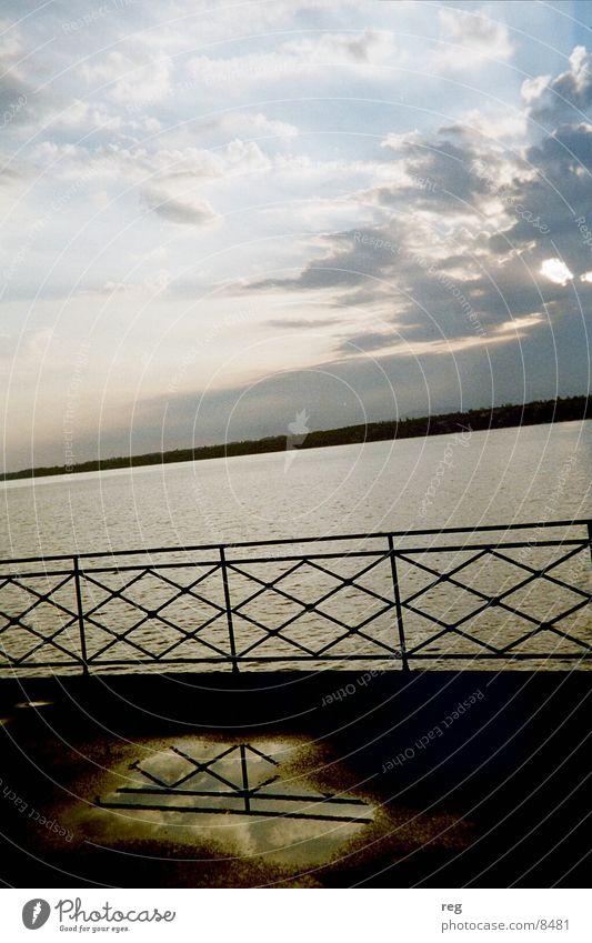 Sonnenaufgang See Wolken Reflexion & Spiegelung Stimmung Wasser Geländer Himmel