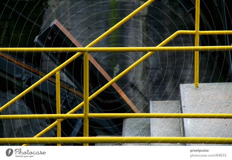 aufgeteilt | Farbe gelb oben Beleuchtung Linie Wasserfahrzeug Arbeit & Erwerbstätigkeit Rücken Treppe Industrie Güterverkehr & Logistik Verbindung diagonal Stahl Treppenhaus Richtung