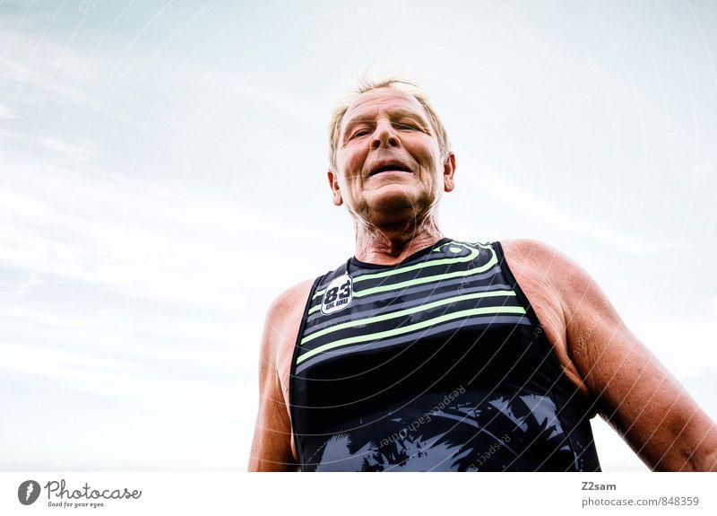 Finisher Mann alt Sommer Senior Sport Gesundheit maskulin Erfolg 60 und älter Lächeln Schönes Wetter Fitness Laufsport Ziel Männlicher Senior Sport-Training