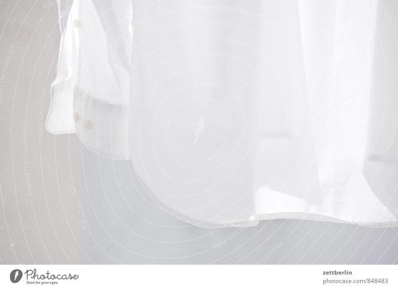 Das letzte Hemd Baumwolle Bekleidung Haus Haushalt Mode Stoff weiß Wäsche Saum Manschette anziehen trocknen aufhängen ärmellos Anzug Textilien Muster Studium