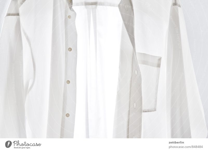 Lüften statt waschen nackt weiß Haus Mode Bekleidung Stoff Hemd durchsichtig Anzug Textilien Wäsche Knöpfe Haushalt Wäscheleine Nähen Baumwolle