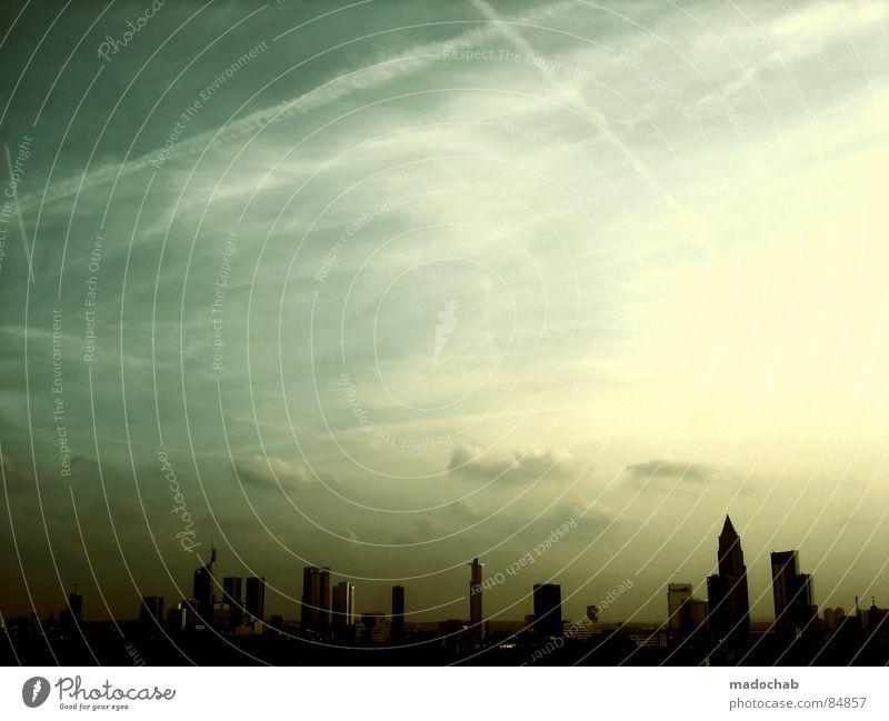 FRANKFURT SKYLINE Himmel Stadt blau Einsamkeit Wolken Haus dunkel Fenster Leben Architektur Traurigkeit Gebäude Freiheit fliegen oben rosa