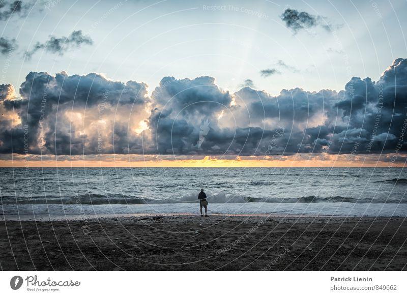 Man at Sea Mensch Natur Ferien & Urlaub & Reisen Himmel (Jenseits) Sommer Sonne Erholung Landschaft Ferne Erwachsene Umwelt Glück Freiheit Stimmung maskulin