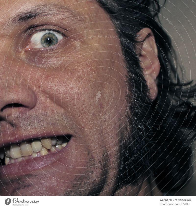 Wahnwitzbold Dreitagebart Porträt Bart Panik Angst bewegungslos Schrecken verrückt Wahnsinn bedrohlich Mann gefährlich Gesicht kotletten irr Zähne aufreißen