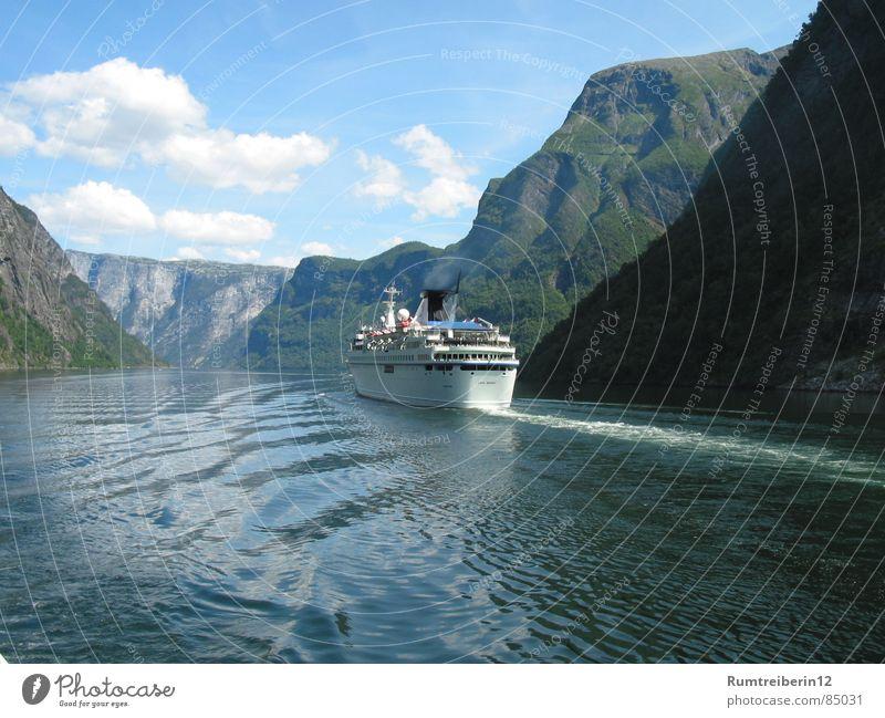 Tschüß Sognefjord Sommer Ferien & Urlaub & Reisen ruhig Erholung Klarheit Gelassenheit tief Am Rand staunen anschaulich