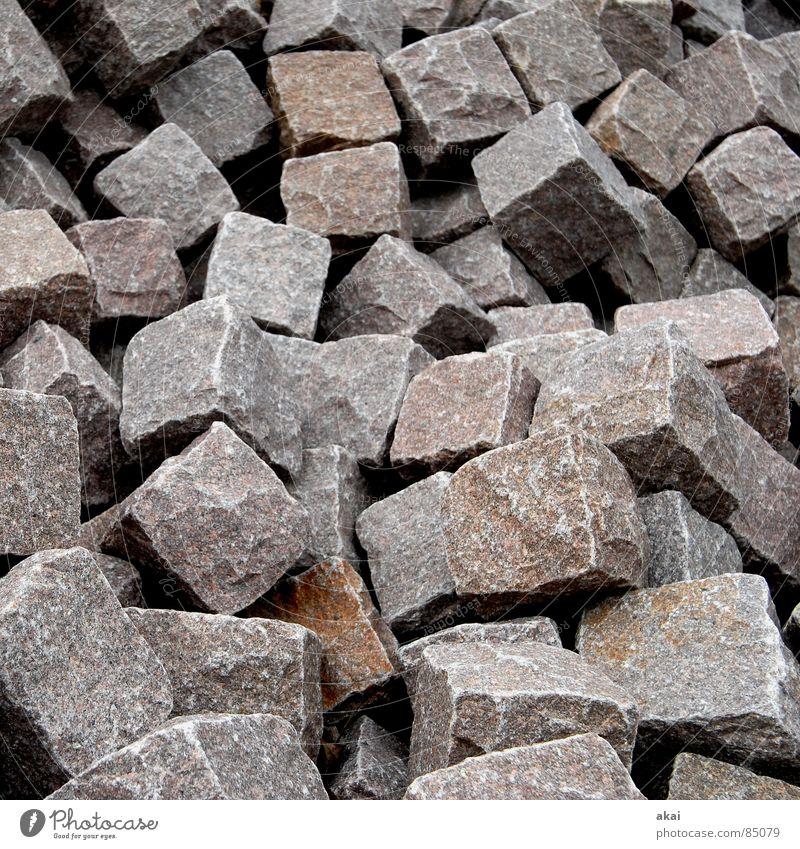 Hart wie Granit 2 Steinhaufen Quader Haufen Mineralien Erde Sand Industrie feldspat gneiß auf einen Haufen werfen zusammenwerfen Würfel kubus Stapel akai