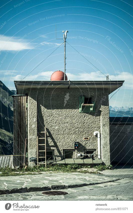 upper hill house Himmel Einsamkeit Berge u. Gebirge Wand Mauer Ordnung Zufriedenheit Alpen Hütte