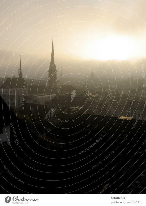 Die Stadt der Träumer Reloaded fantastisch Gegenlicht Nebel Licht Abend Sonnenuntergang Sonnenaufgang Morgen spät verschlafen träumen Schweiz Märchen schön