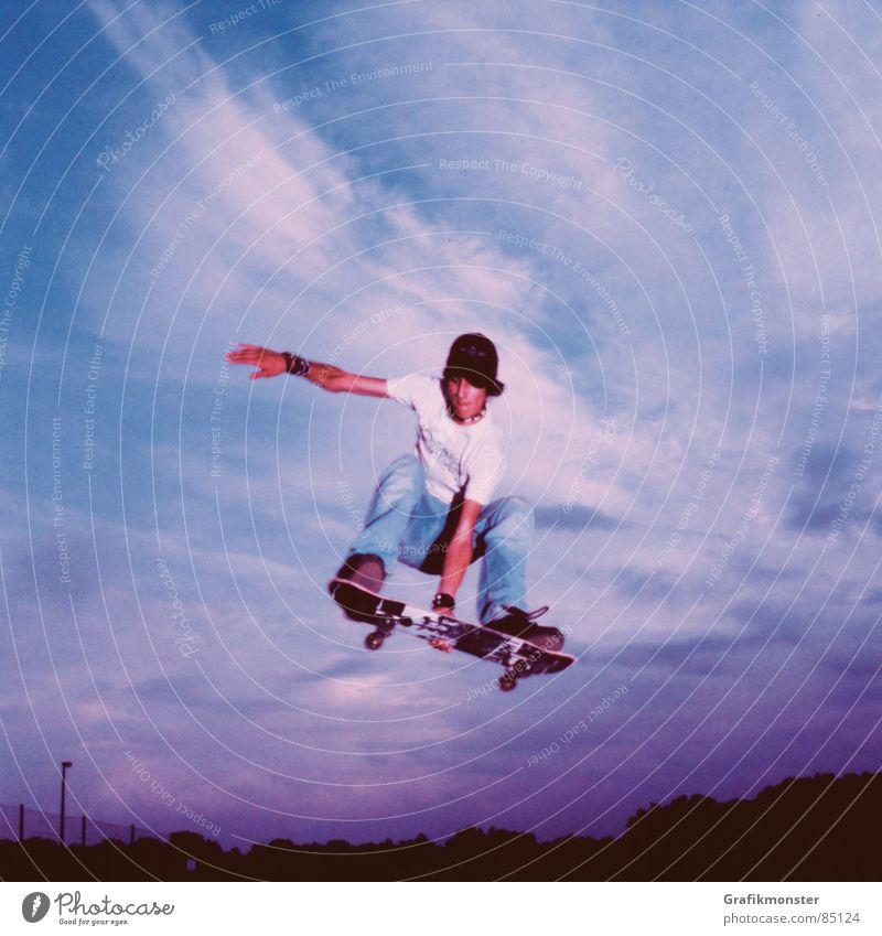 Purple Rain 03 Skateboard Skateboarding springen Luft Himmel blau-rot Himmelskörper & Weltall violett purpur hüpfen Extremsport Skaterboy Ollie purple