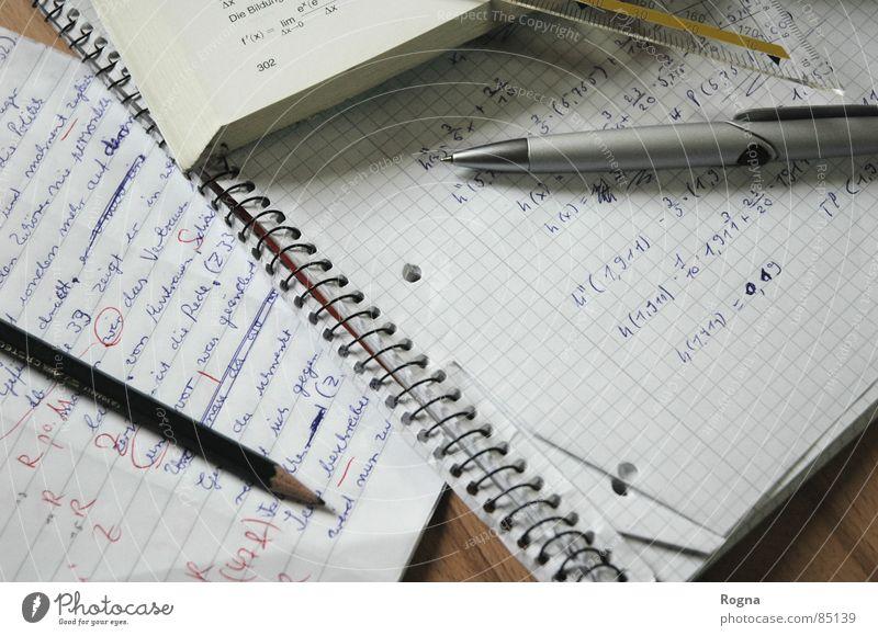 Homework Schreibstift Bildung Konzentration Stress Langeweile Schule Leichtigkeit Bleistift Schulunterricht Mathematik Englisch Fehler Kugelschreiber Schreibwaren Hausaufgabe korrigieren