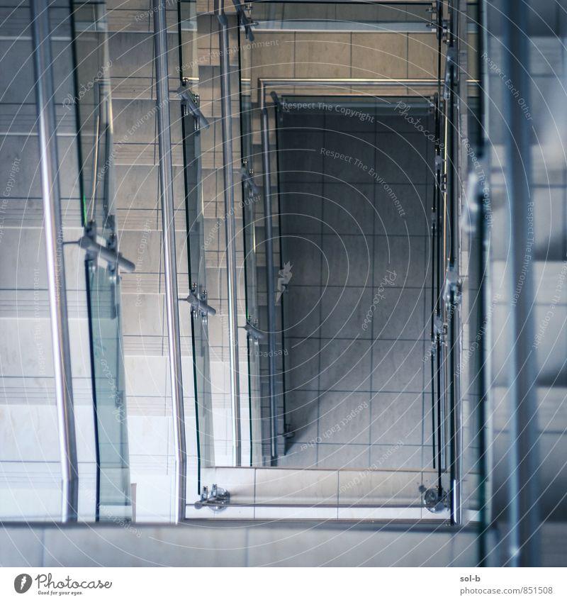 Architektur Gebäude grau Metall Lifestyle Treppe elegant Glas ästhetisch Geländer Ende Fliesen u. Kacheln Treppenhaus Reichtum Arbeitsplatz herunterkommen