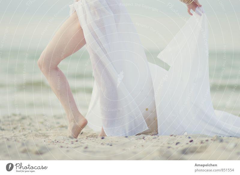 ::14-31:: Mensch Kind Jugendliche schön Meer Erholung Junge Frau ruhig Strand 18-30 Jahre Gesunde Ernährung Erwachsene Leben feminin Glück Gesundheit