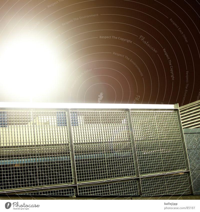 eine stadt die es nicht gibt Parkplatzbeleuchtung Einkaufscenter Stadt Parkhaus Nacht Lampe Laterne Lüftung Klimaanlage Lüftungsschlitz Architektur parkdach