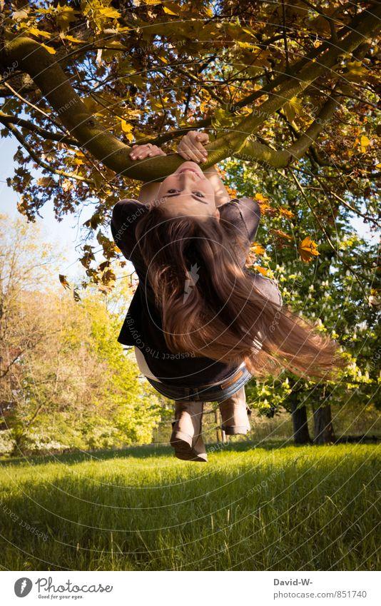 Lebensfreude Kind Natur Jugendliche schön Sommer Junge Frau Landschaft Mädchen Freude Leben Bewegung Wiese Herbst Spielen Haare & Frisuren Glück