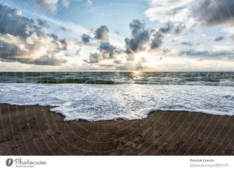 one perfect sunset Himmel Natur Ferien & Urlaub & Reisen Meer Erholung Landschaft Wolken Strand Ferne Umwelt Leben Küste Freiheit Wetter Wellen Zufriedenheit