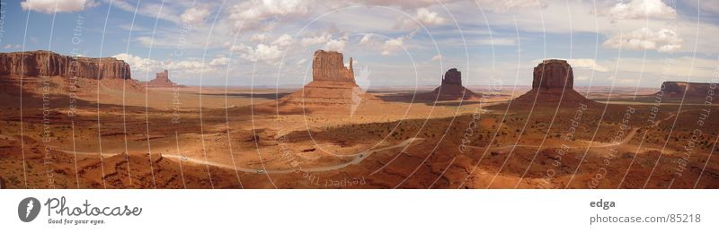 Monument Valley, USA Berge u. Gebirge groß Wüste Panorama (Bildformat) Nationalpark