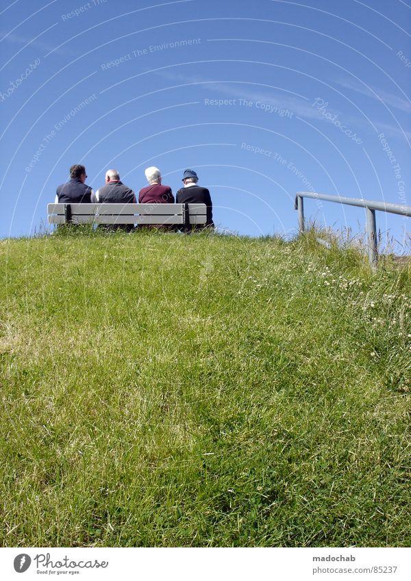 RENTNER-LIEBE ON THE ROCKS Mensch Frau Himmel alt Ferien & Urlaub & Reisen Meer Freude ruhig Erholung Leben Senior Glück Paar Familie & Verwandtschaft