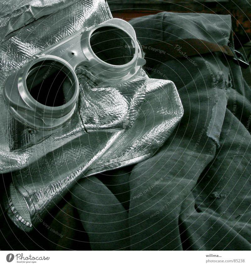 Axel Schweiß, 62, im Ruhestand. Arbeit & Erwerbstätigkeit Technik & Technologie Zukunft Schutz Handwerk silber Karnevalskostüm Fortschritt Halloween Glamour