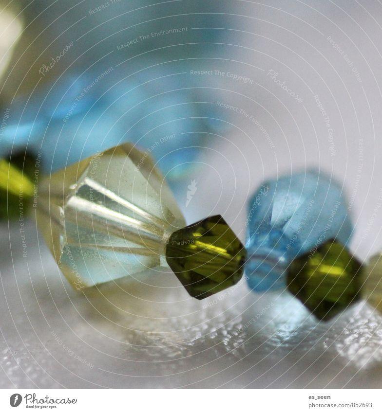 Glasperlenkette blau grün feminin Lifestyle Mode glänzend Dekoration & Verzierung ästhetisch Wunsch türkis durchsichtig Schmuck Reichtum eckig Halskette