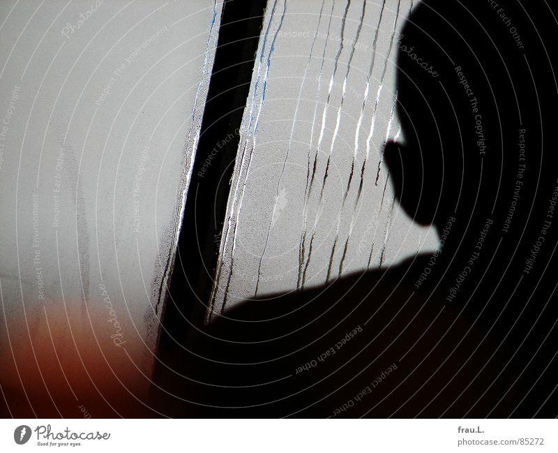 Kopf Mann Glatze Schulter Café Fensterscheibe Kondenswasser kalt Physik Straßencafé Gastronomie Winter Mench Kriminalroman Frühstücksbar Ohr Wasser Wärme sitzen