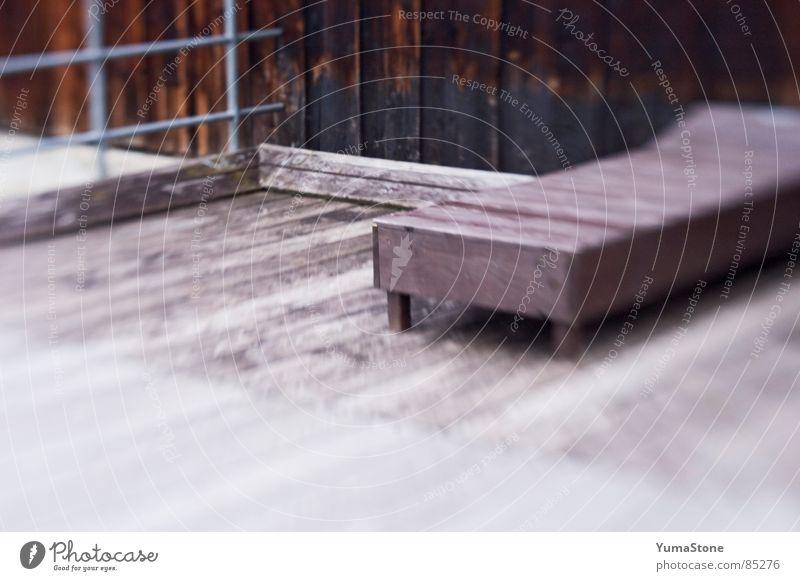 16 Uhr im Lido Badeort Liegestuhl Erholung Holz Bootshaus Ferien & Urlaub & Reisen Freizeit & Hobby deckchair lido