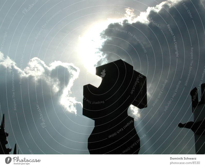 Der heilige Geist? Gegenlicht Sonnenstrahlen Wolken Religion & Glaube Erkenntnis Christentum Gotteshäuser Rücken Gewitter