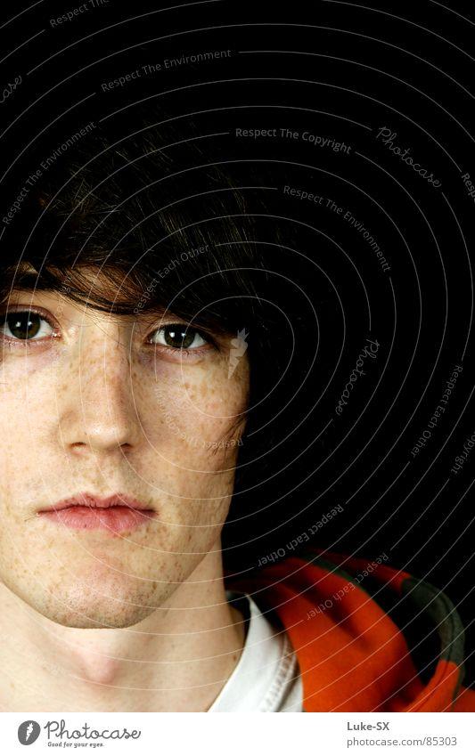 Herpes mit PS geheilt Mann Jugendliche Farbe Junger Mann Langeweile Gesicht Kapuze Sommersprossen Bildausschnitt Anschnitt Porträt Gesichtsausschnitt