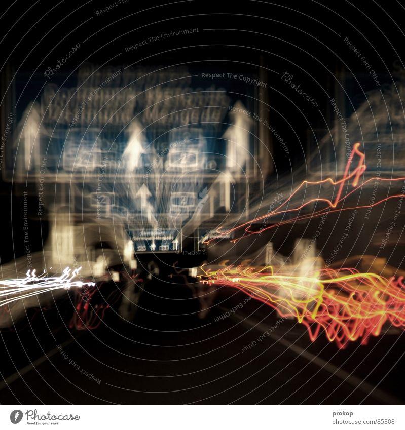 Trippin'? Fahrbahnmarkierung Schilderwald Geschwindigkeit Verkehr Autobahn Licht Lichtspiel Rücklicht Bewegung überholen Nacht Teer Asphalt Buchstaben Kehren