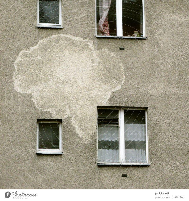 SprechBlasenTheater Freude Fenster lustig grau Denken Zeit Fassade träumen Dekoration & Verzierung Glas Kreativität Kommunizieren Idee Vergangenheit Fleck Konflikt & Streit