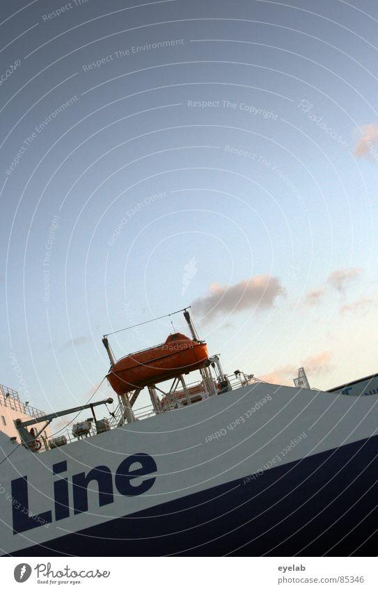 Falsch geparkt Wasser Himmel Meer See Linie Wasserfahrzeug Deutschland Industrie Schriftzeichen Hafen Buchstaben Schifffahrt Ostsee Panik Abenddämmerung