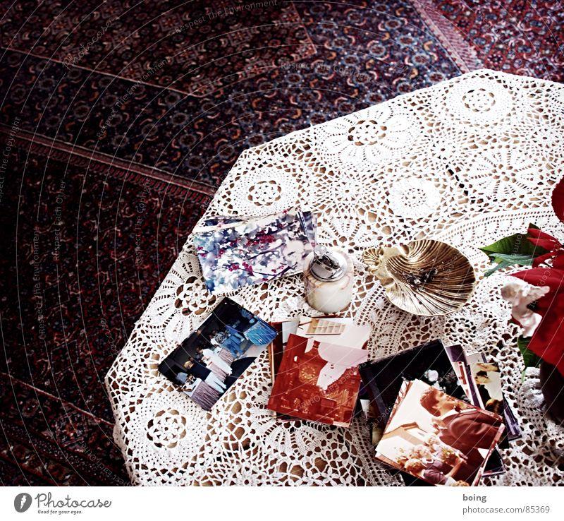 Bilder einer Hochzeit sortieren Auftrag Farbfoto gruppieren organisieren Fotografie Tisch Aschenbecher Rauchen Feuerzeug Spitze Weihnachtsstern Sammlung
