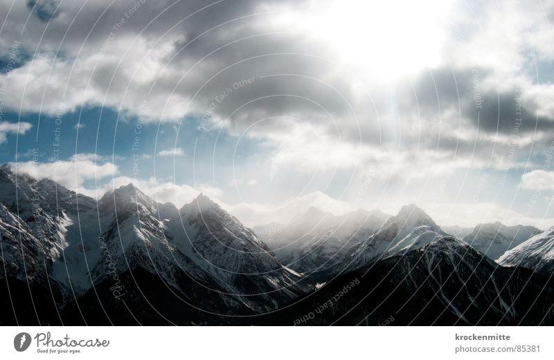 Der Berg ruft Himmel Winter Wolken Schnee Berge u. Gebirge Niveau Schweiz Bergkette alpin Kamm Schneedecke Engadin
