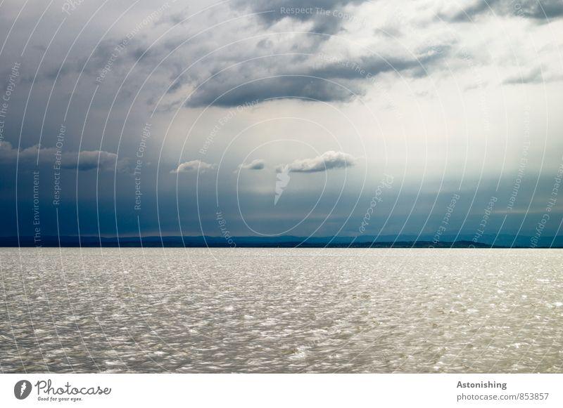 am See Umwelt Natur Landschaft Wasser Himmel Wolken Gewitterwolken Horizont Sommer Wetter Unwetter Hügel Wellen Küste Neusiedler See Österreich bedrohlich groß